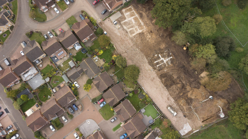Work has now started on 5 Large New Build homes at our Site in Goffs Oak herts